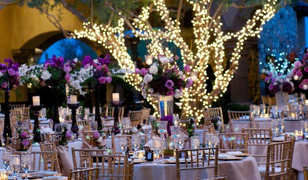 enchanted-forest-outdoor-wedding-decor1-600x350