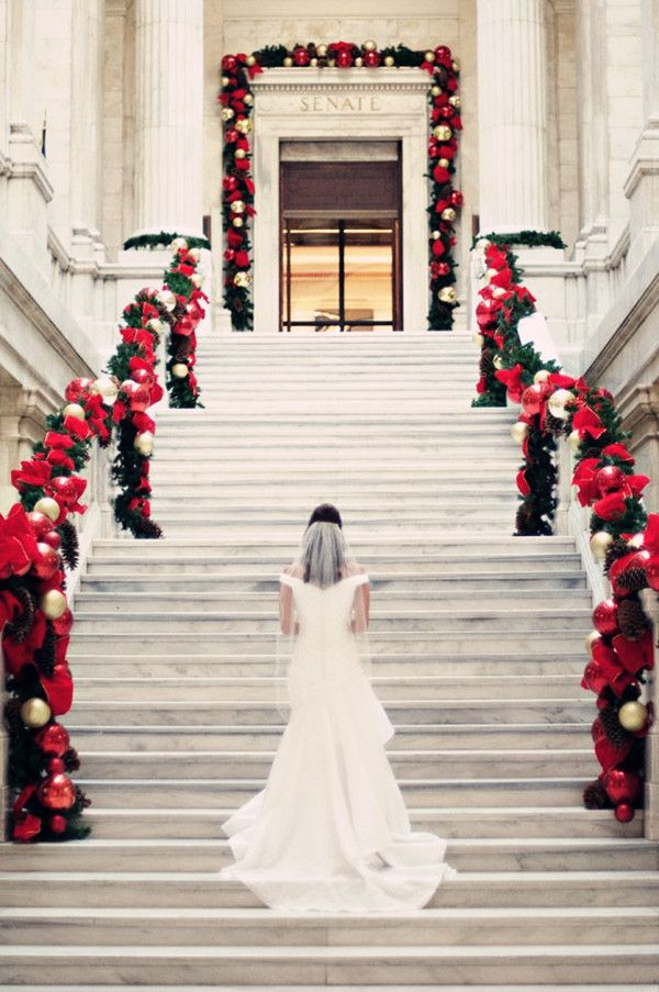 elegant christmas wedding decorations and dresses